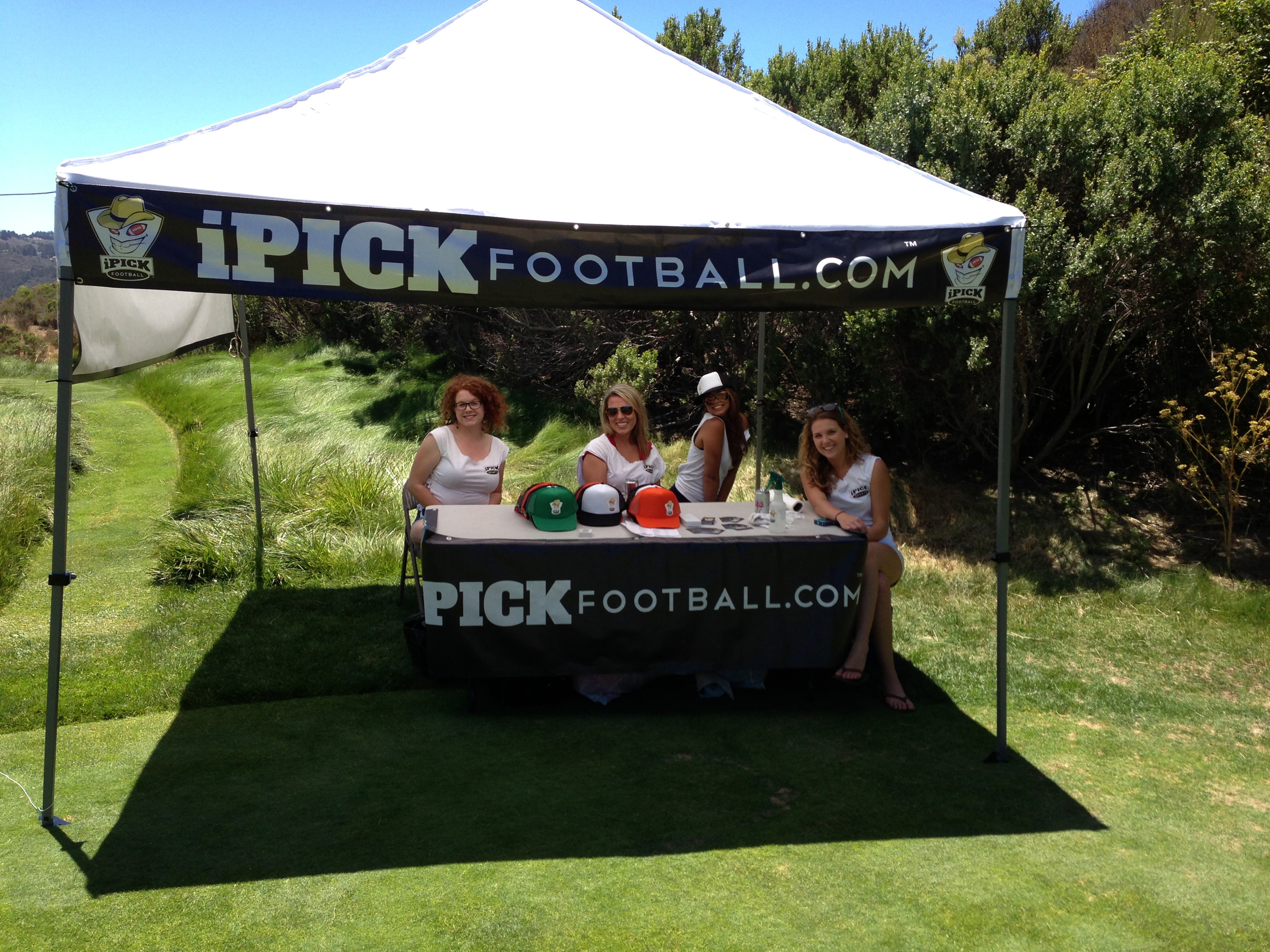 iPick Football - booth banners